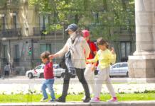 Las madres, pieza clave en la educación digital de los niños