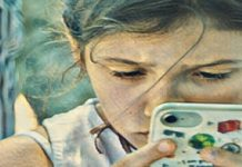 Niños, adolescentes y pantallas: más allá del titular viral